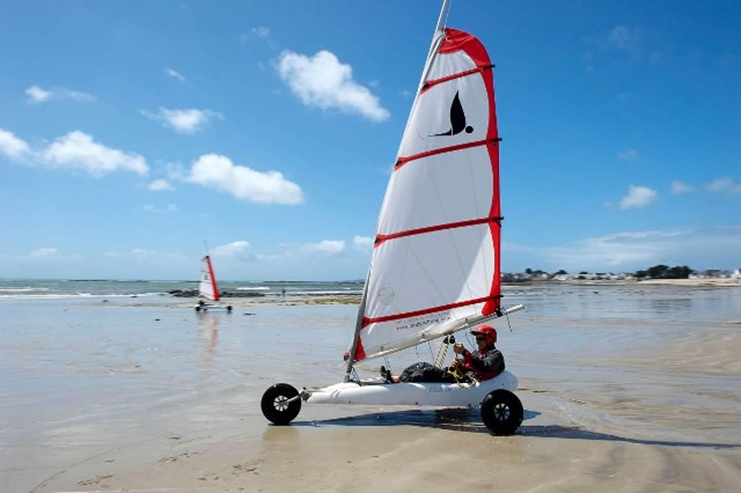 centre-nautique-Larmor-Plage-Groix-Lorient-Morbihan-Bretagne-Sud © y zedda