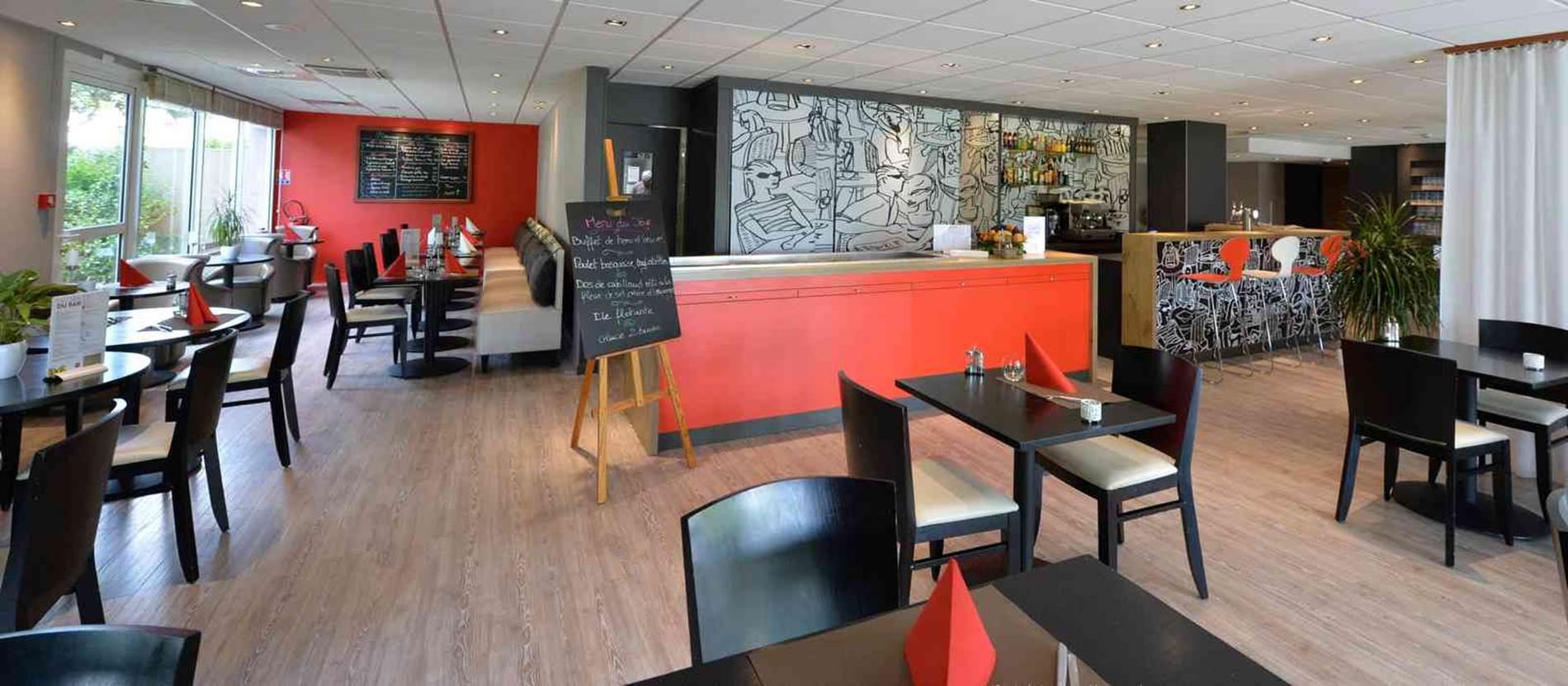 hôtel ibis vannes restaurant © hotel-ibis-Vannes