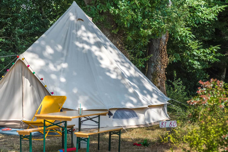 Camping AU GRE DES VENTS_copr.Jean-Yves GAUTIER Morbihan Tourisme_emplacement_nature_morbihan_rochefort-en-terre © Jean Yves GAUTIER