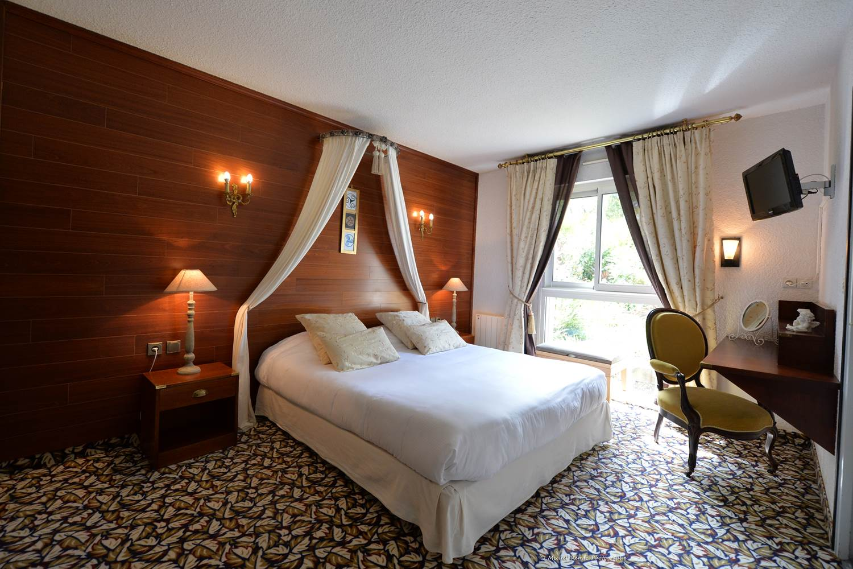 hotel-brithotellogislebranhoc-auray-Morbihan Bretagne Sud-chambre © hotel-brithotellogislebranhoc-auray