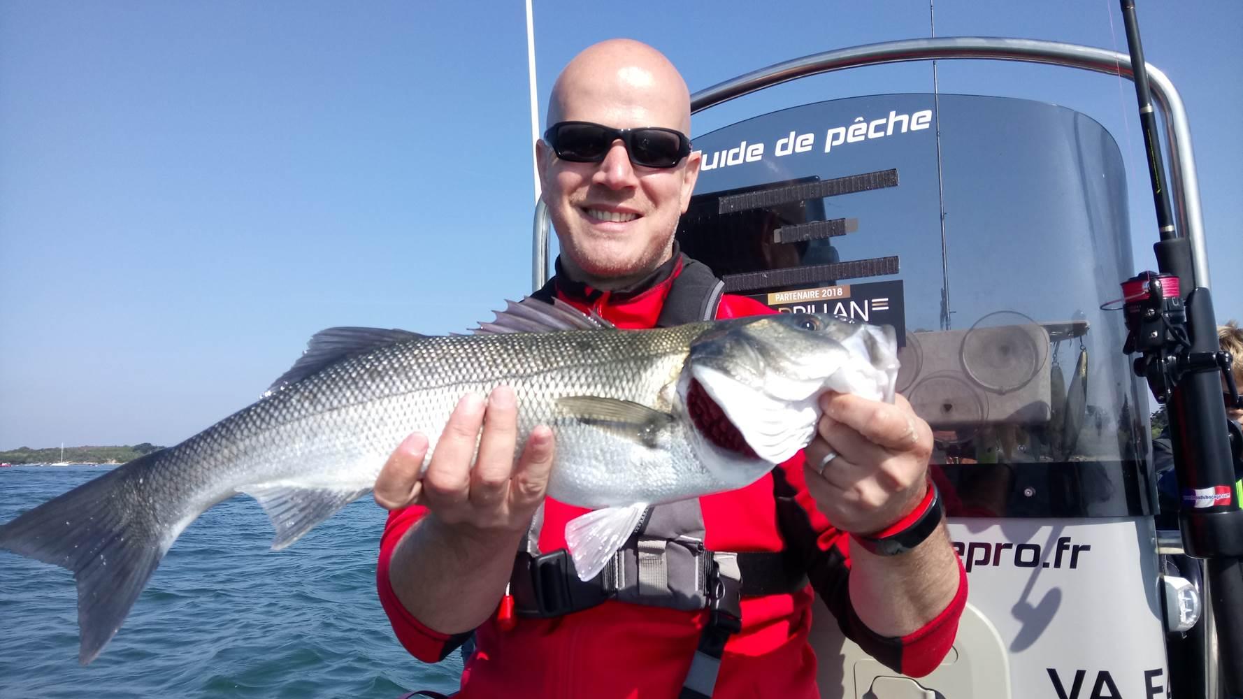 Guide de peche Morbihan - Sortie peche en mer Sarzeau - Stage de peche en mer- Sortie pêche au bar - Guide de pêche Golfe du Morbihan ©