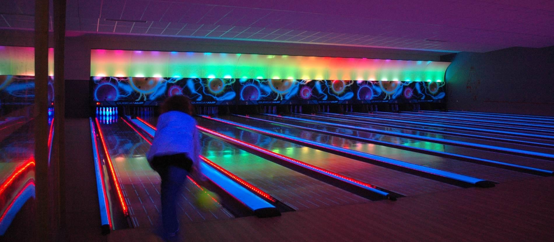 02-Bowling-du-lac-Ploermel-HD56 © Bowling du Lac