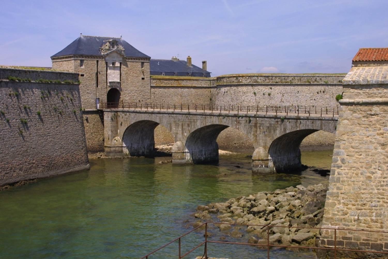 Port-Louis_MuséedelanationaldelaMarine_Entrée® MnM-Photo Arnaud Fux ©