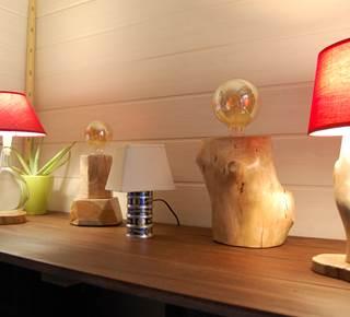 Les lumières de Moino, artiste du bois