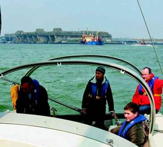 Balade nautique à la Cité de la voile Eric Tabarly