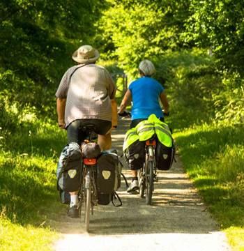 Vélo sur le Canal de Nantes à Brest