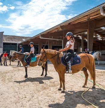 Centre-Equestre-Mané-Guernehué-Baden-Golfe-du-Morbihan-Bretagne-Sud-05