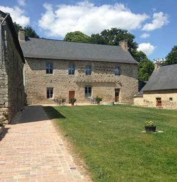 Le-Manoir-de-Clégrio-Guehenno-Morbihan-Bretagne-Sud