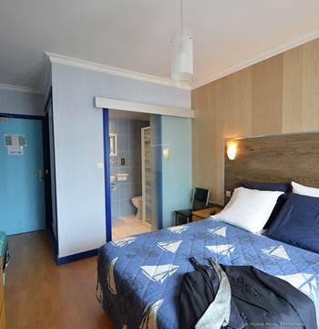 HOTEL-BREIZHOTEL