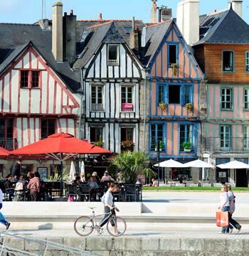 Vannes centre-ville tourisme Bretagne Morbihan