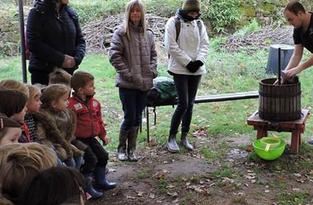 Atelier « des pommes au jus » pour les enfants et leurs parents
