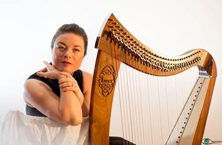 Concert de harpe celtique Nolwenn ARZEL - Locmariaquer